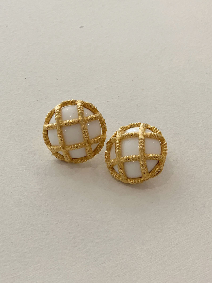 Monet earrings 01
