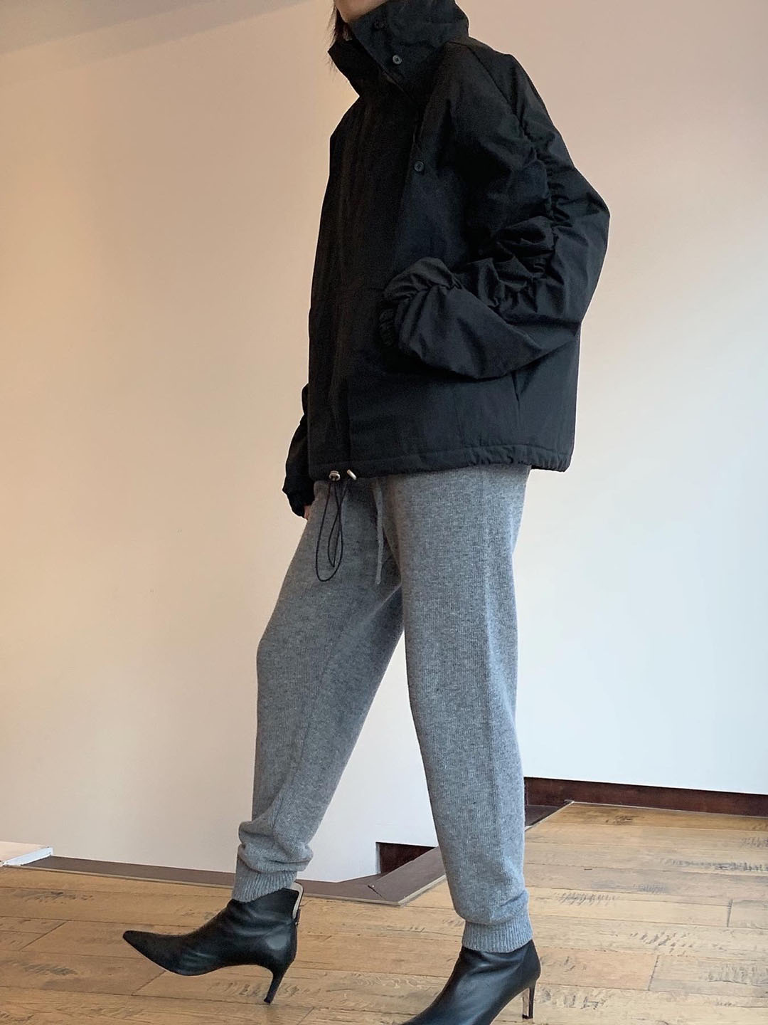 quilting anorak -charcoal
